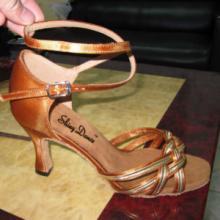 国际流行拉丁舞英国缎选手鞋
