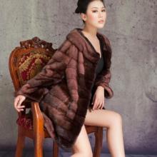 供应皮草天智年终大促销女式中长款段染双领七分袖裘皮大衣