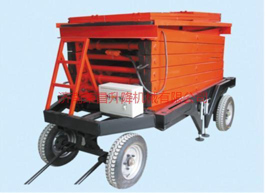 供应山东四轮移动式液压升降平台厂家 导轨式升降机 移动式升降机