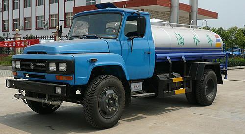 供应东风尖头绿化喷洒车优惠促销。世界工厂