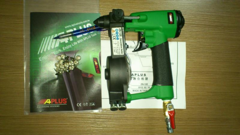 供应蘑菇钉枪,顺德气动工具批发,气动图钉枪,泡钉枪配件厂家直销