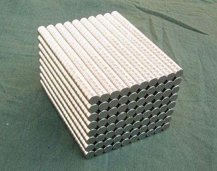 供应镀锌强力磁铁 小圆形强磁磁铁 镀白锌强力磁铁