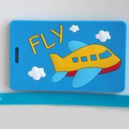 供应蓝色飞机造型行李牌Fly行李吊牌pvc箱包配件典泰屌丝汇