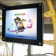 液晶广告机丨17寸吸顶式广告机图片