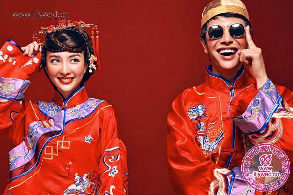 喜庆中式复古元素婚纱照图片|喜庆中式复古元素婚纱