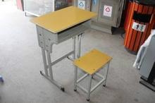 湖南课桌椅图片