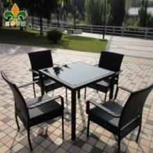 供应庭院家具-仿藤桌椅-餐椅餐桌套件批发