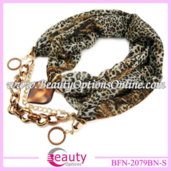 供应欧美时尚国际风长款围巾供应商