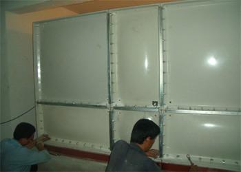 供应河北玻璃钢水箱价格图片