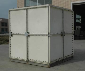 供应河北玻璃钢水箱厂家优惠价格图片