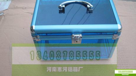 供应铝制化妆箱