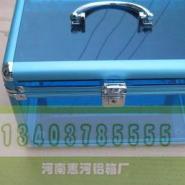 铝制化妆箱图片