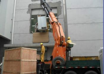 青岛黄岛区胶南注塑机设备安装图片