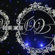 婚庆雕花门背景图片