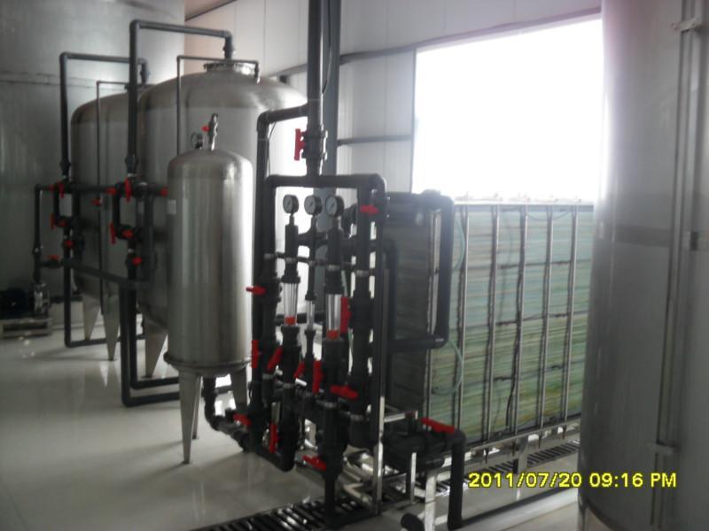 供应苦咸水淡化除氟系统电渗析设备厂家,由廊坊兴达提供产量0.5吨-10吨/小时苦咸水及除氟设备生产厂家及厂家报价