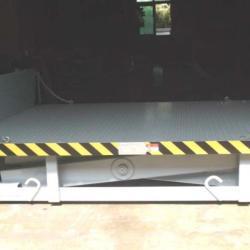 重型移动式卸貨平台供應重型移動式卸貨平台