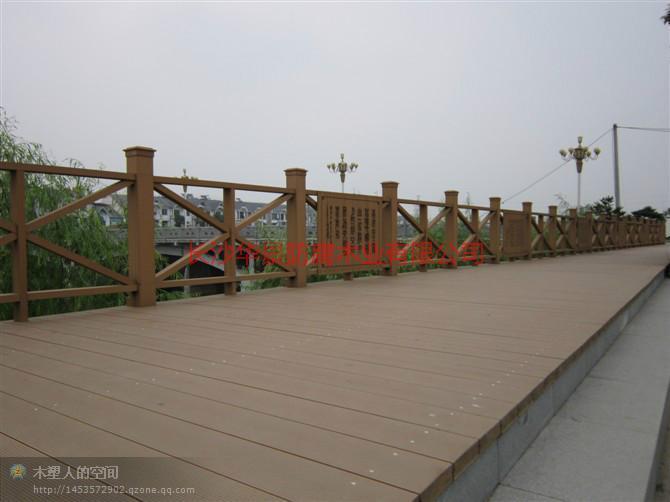 供应长沙防腐木厂家电话做湖南省最便宜防腐木厂