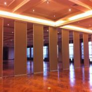 供应杭州包厢折叠门,大来隔断,移动隔断,宴会厅移动隔断,成品隔断