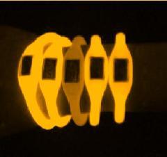 供应黄色光环保夜光粉发光粉荧光粉图片