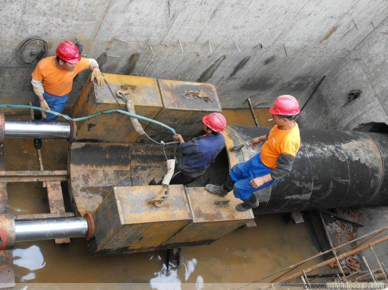供应景泰县定向钻施工队热力管道铺设图片