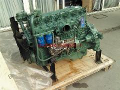 供应一汽锡柴6110收割机用发动机图片