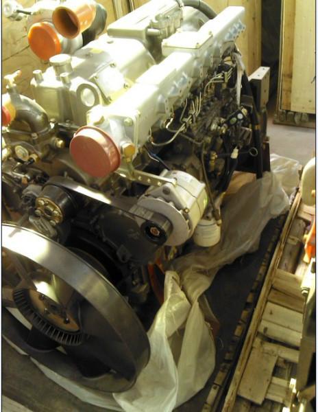 供应玉柴290马力发动机,玉柴6M290-33发动机机总成