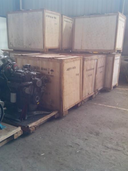 供应玉柴300马力增压中冷发动机