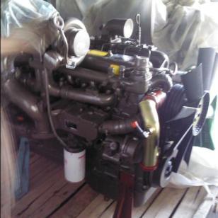 玉柴180马力发动机图片