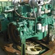 锡柴350马力大泵发动机图片